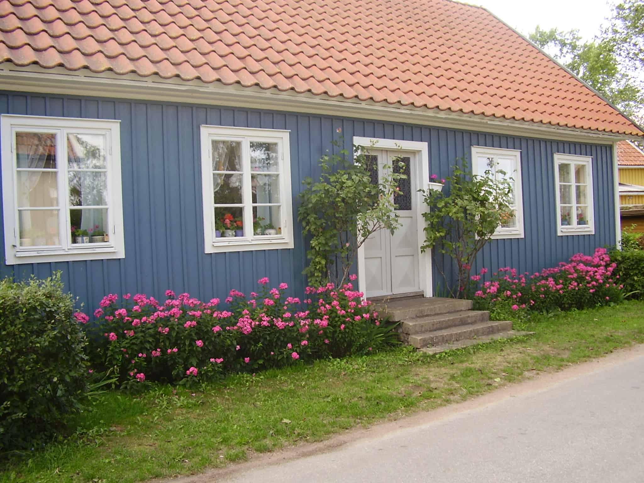 Peinture bois peinture su doise peinture mate peinture for Peinture pour balcon exterieur